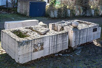 Gr�benen-Brunnen